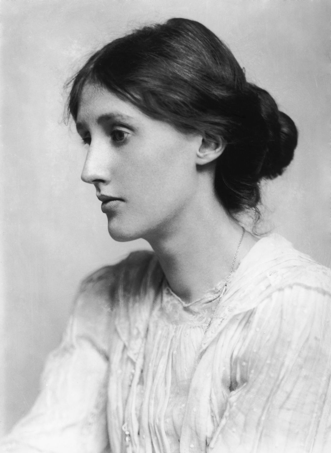 """George Charles Beresford - Virginia Woolf in 1902"" by George Charles Beresford - https://bfox.wordpress.com/2010/12/24/virginia-woolf/. Licensed under Public Domain via Wikimedia Commons - https://commons.wikimedia.org/wiki/File:George_Charles_Beresford_-_Virginia_Woolf_in_1902.jpg#/media/File:George_Charles_Beresford_-_Virginia_Woolf_in_1902.jpg"